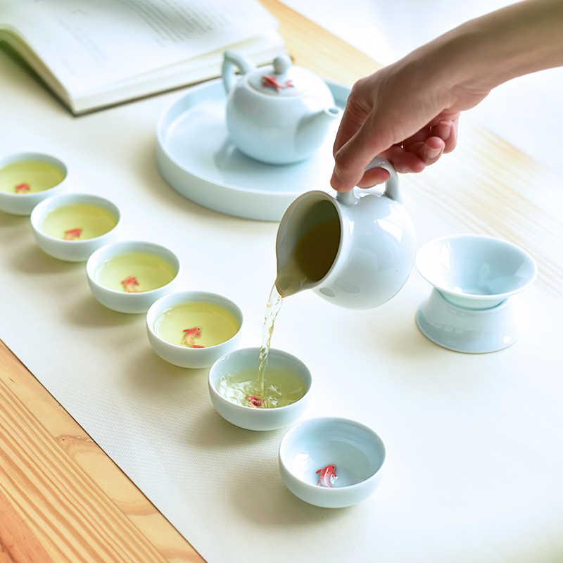6 conjuntos/copos de cerâmica chinesa copos de peixe azul e branco kung fu bule pequena porcelana tigela chá xícara chá conjunto de acessórios bebida