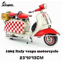 hot sale Vespa mini metal motorcycle model red checks Italy vintage motorcycle toy two wheels Diecast metal model motorcycle