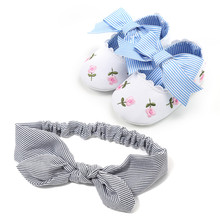 Gyönyörű virág baba cipő sekély rugalmas zenekar puha egyedülálló kisgyermekek Prewalkers A 0-18M Baby Girl Shoes + csíkos fejpánt