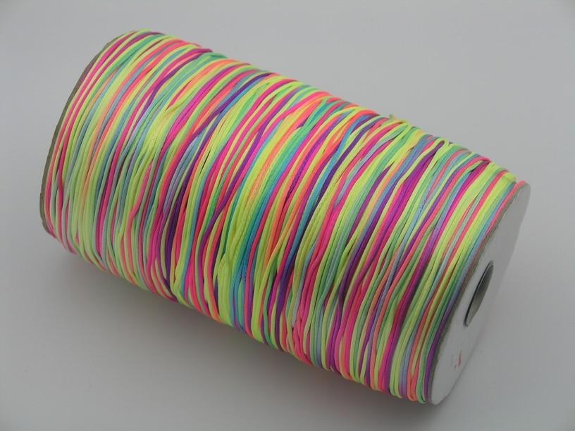Trasporto libero 1 rotolo 800 yards da 1.0mm neon/arcobaleno raso rattail cavo/filo per monili macrameTrasporto libero 1 rotolo 800 yards da 1.0mm neon/arcobaleno raso rattail cavo/filo per monili macrame