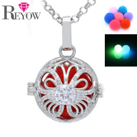 Glow Beads Pendant Jewelry White Gold Crystal Butterfly Locket Aromatherapy Essential Oil Diffuser Necklace
