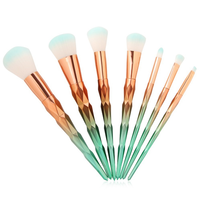 Foundation Powder Blusher Eyeshadow Eyeliner Eyebrow Lip Brushes Pro Diamond Shape Makeup Brush Sets isadora perfect powder blusher 24 цвет 24 sugar brown variant hex name b07a73