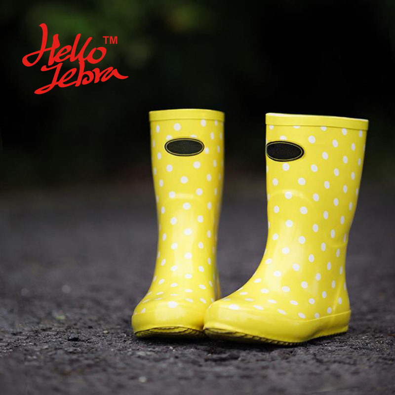 Women Rain Boots Lomen Yellow White Polka Dot Ladies Hoof Heels Mid Calf Waterproof Round Toe Rainboots 2016 New Fashion Design women tall rain boots ladies low hoof heels waterproof graffiti buckle high nubuck round toe rainboots 2016 new fashion design