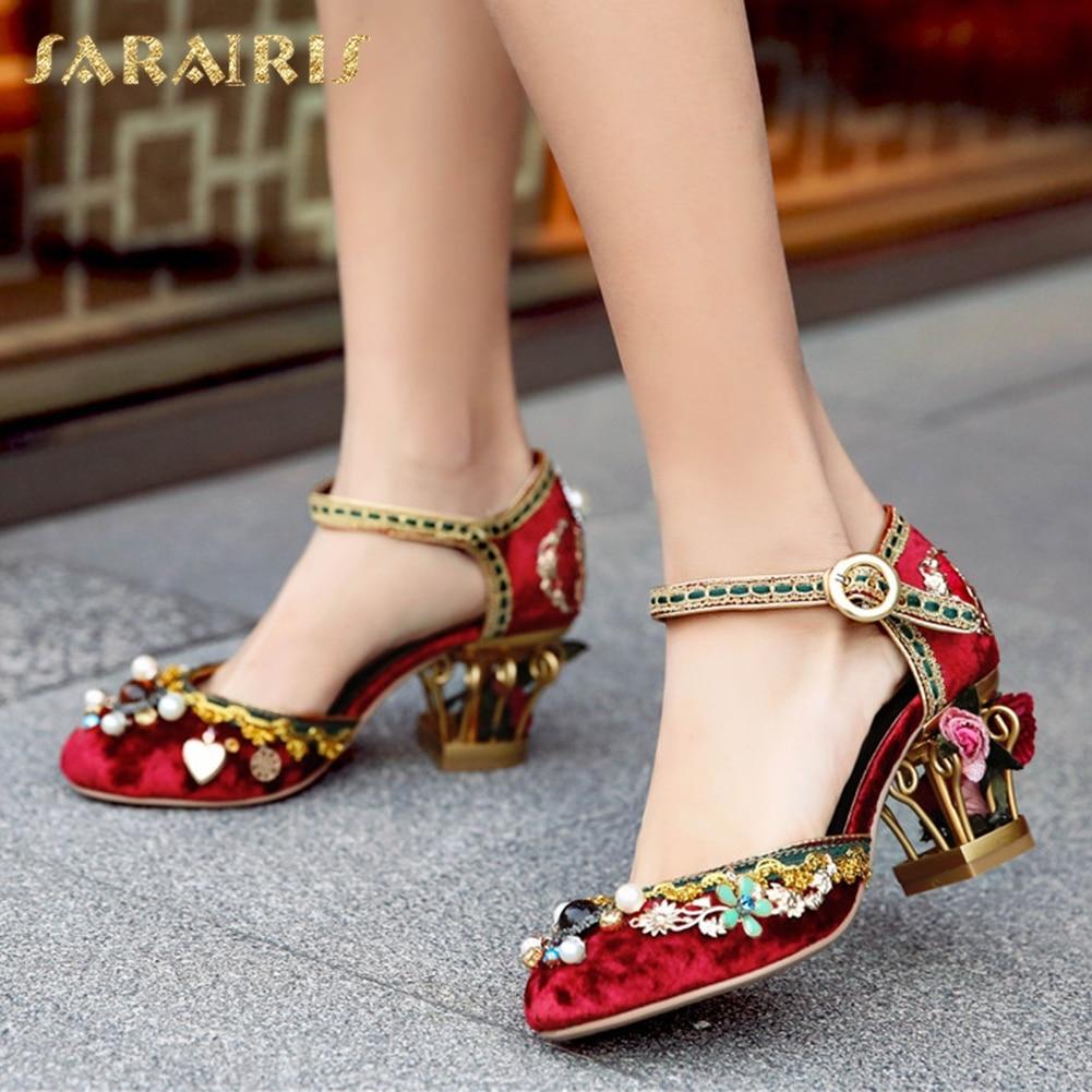 SARAIRIS/2018 лето больших размеров 34-43; брендовые Бархатные Высокие каблуки Цветы Для женщин сандалии Свадебная женская обувь