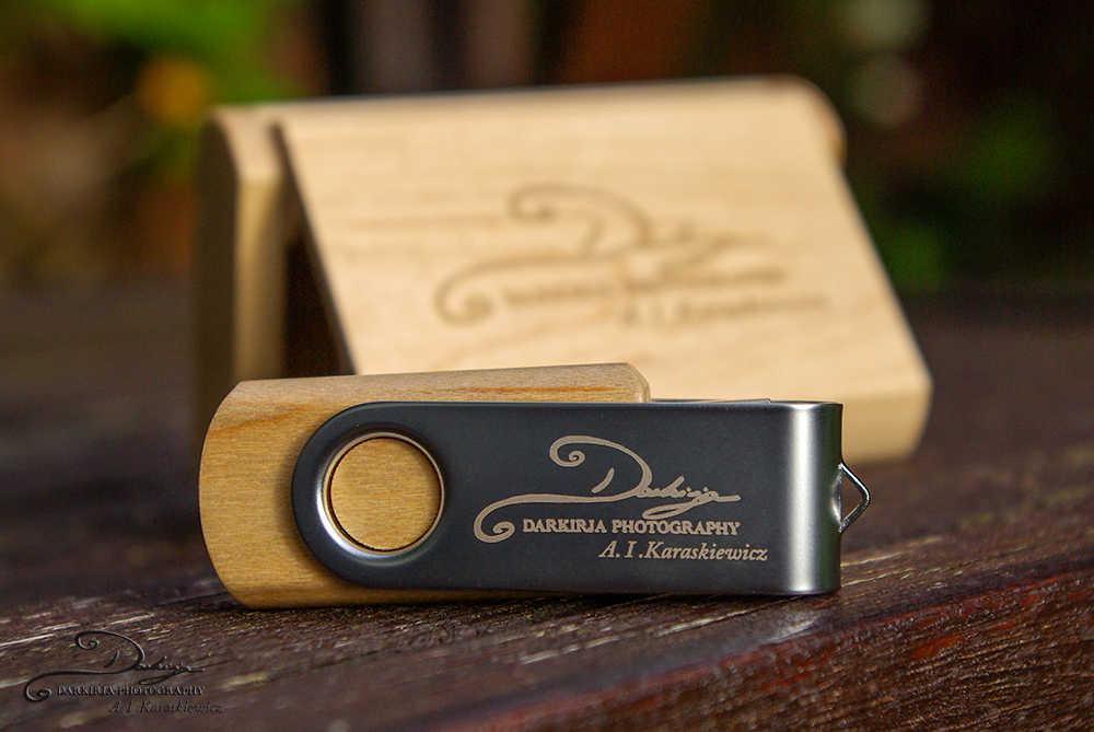 ODM OEM пользовательские свадебные фотографии Encord Логотип Деревянный зажим + коробка USB 2,0 Версия флэш-накопитель