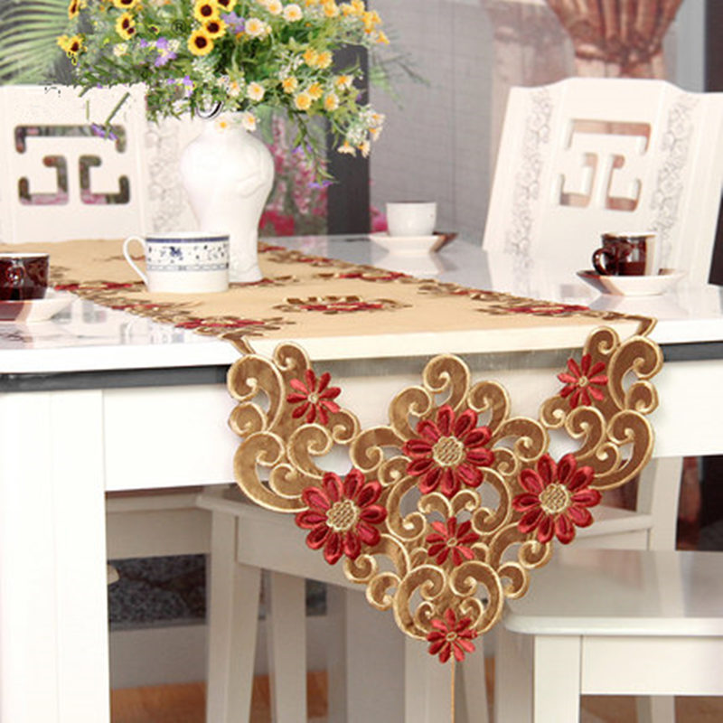 XT European Table Runner Embroidery Elegant Tablecloth Organza Fabric Embroidered Rustic Table Runners Wedding Decoration Cover