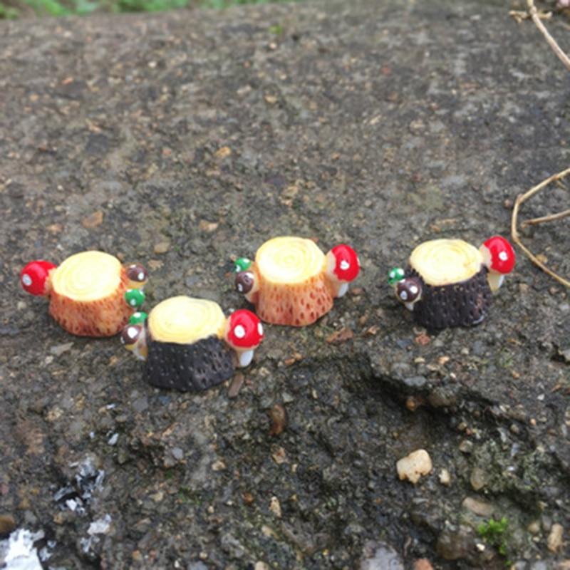 ZOCDOU 2 Pieces Mushroom Tree Stump Stool Stock Butt Model Small Statue Little Figurine Crafts Figure Ornament Miniatures Desk