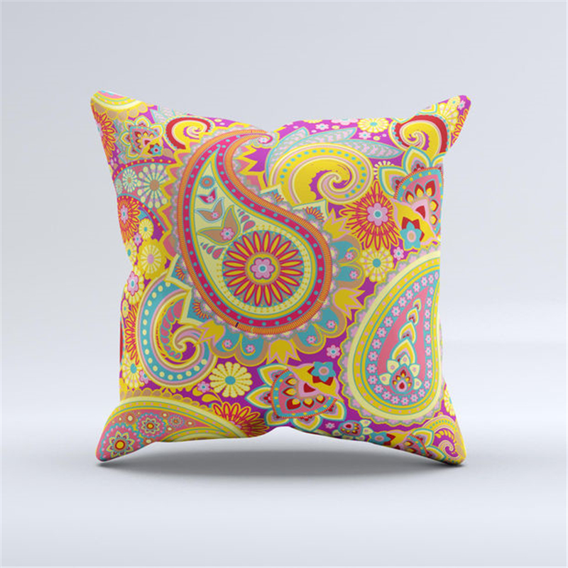Bouclair Home Decorative Pillows : Throw Pillow Bohemia Paisley Style SIZE 45*45