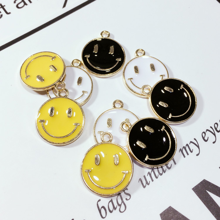 MRHUANG 10pcs/pack 16mm Smile Face Enaml Charms Alloy Floating Pendant fit Bracelet Jewelry Accessories DIY Craft