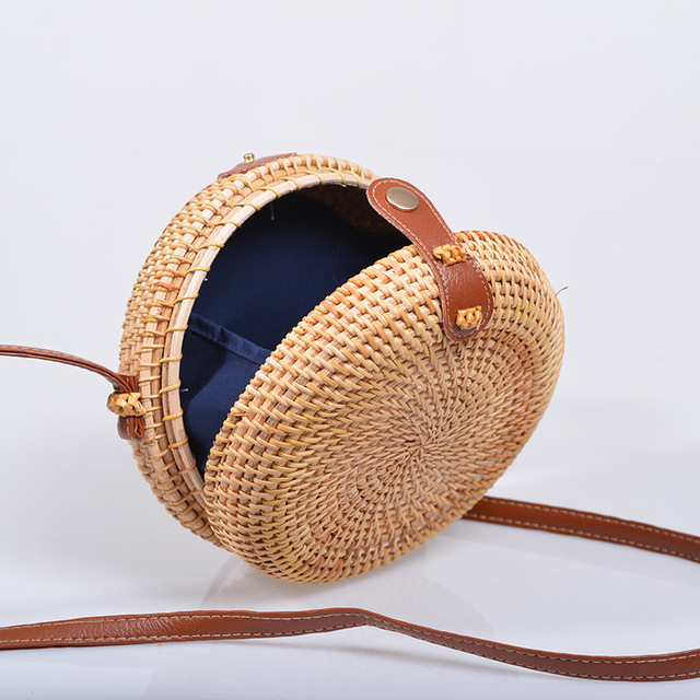 Vintage Handmade Rattan Woven Shoulder Bags PU Leather Straps Bow Hasp Holiday Beach Crossbody Bag Messengers Women Handbag 3