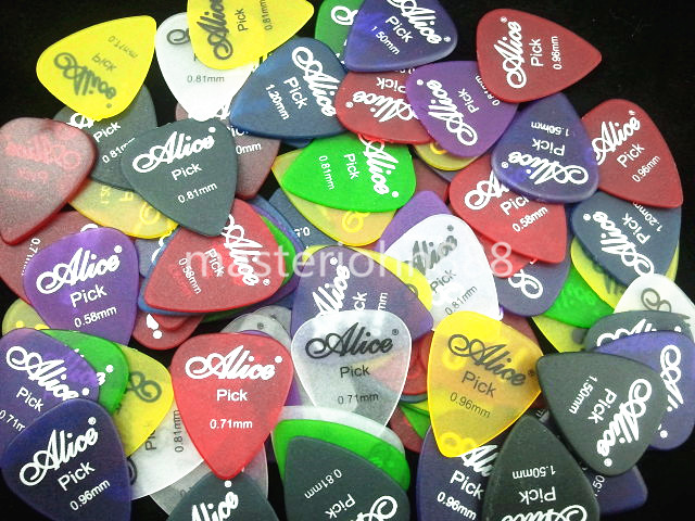Lots of 200pcs Alice Matte Clear Colorful Guitar Picks Electric/Acoustic Guitar Picks 6 Thickness Wholesales Free Shippng