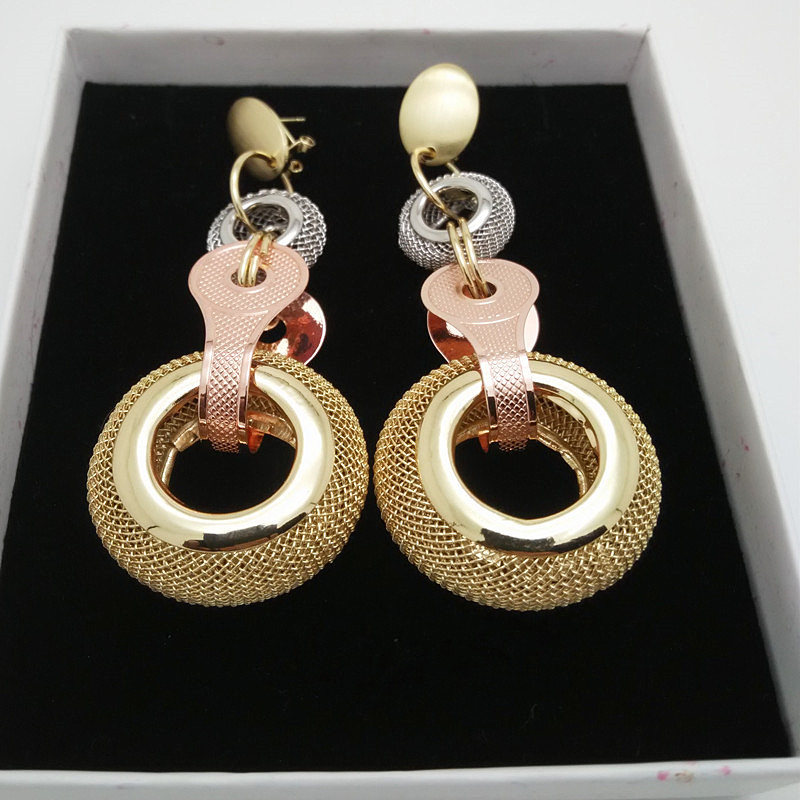 Kingdom Ma 2018 Hot Fashion Long Earrings Free Delivery in Drop Earrings from Jewelry Accessories