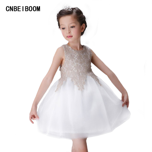 818a46b3734 Girls Party Dresses Elegant White Summer Sleeve Flower Lace Tail Princess  Girl Dress Children Kids Wedding Birthday clothes