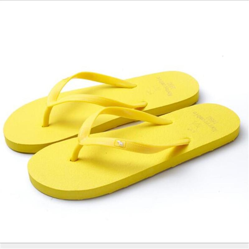 New Summer Ultralight Women Flip Flops Sandals Unisex Indoor Flip Flops Beach Shoes Women Plus Size