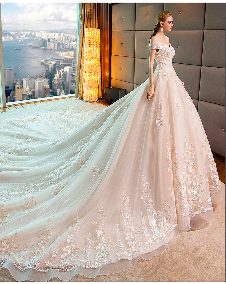 46e569a410b Detail Feedback Questions about Luxury Appliques Shoulderless Lace ...