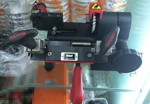 Advanced multi-function Q27 key making copy fitting machine .Key duplicating machine locksmith supplies toolsAdvanced multi-function Q27 key making copy fitting machine .Key duplicating machine locksmith supplies tools