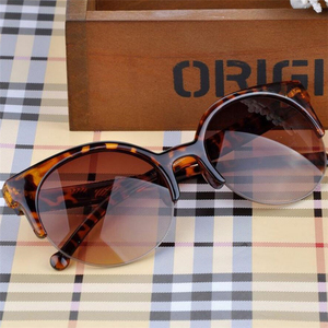 Oculos دي سول Feminino 2016 جديد أزياء مصمم ريترو سوبر جولة دائرة نظارات القط العين المرأة النظارات الشمسية نظارات نظارات