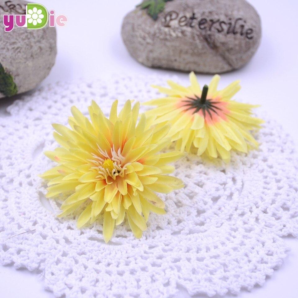 Wholesale 50 Small Daisy Artificial Flowers Silk Wedding Flowers