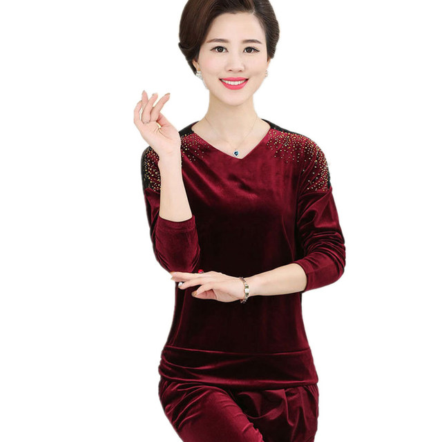 5dd2615843a Elderly Women s Set Gold Velvet Plus Size XL-5XL Mother s Long Sleeve V-Neck  T-Shirt And Trousers Warm Autumn Mujer Set MZ1721