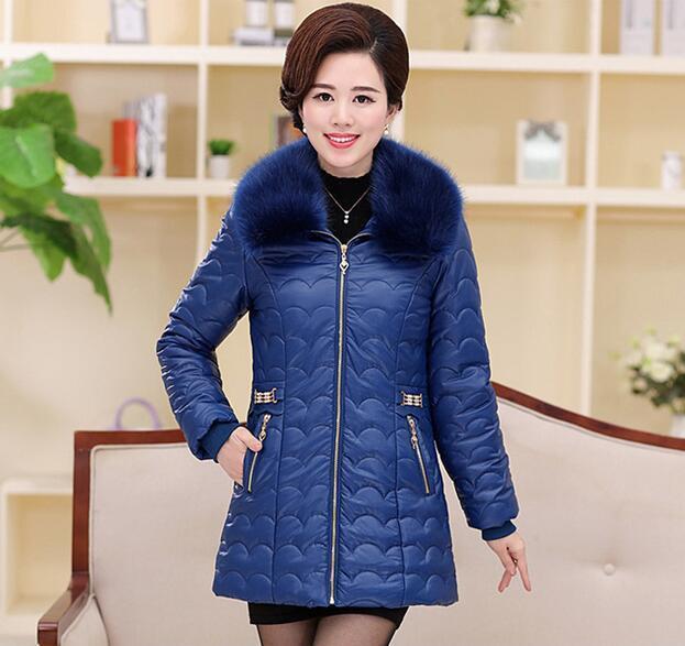 XL-5XLplus tamanho novo Inverno Mulheres de Meia Idade Casaco Acolchoado Para Baixo Gola de Pele Longo Fino Jaqueta de Algodão PU outwear T806