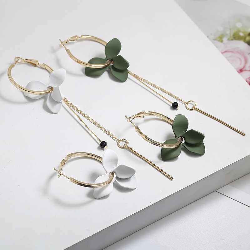 Trendy Flower Women Dangle Earrings Golden Big Circle Two Color Spray Paint Asymmetrical Earrings For Women Drops Earrings