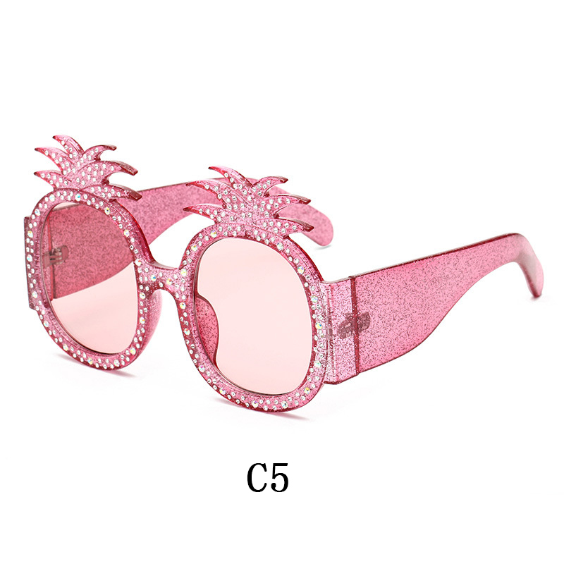 Image 5 - linther 2019 new fashion funny Peculiar design sunglasses high quality Diamonds pineapple sunglasses for women free shipping-in Women's Sunglasses from Apparel Accessories