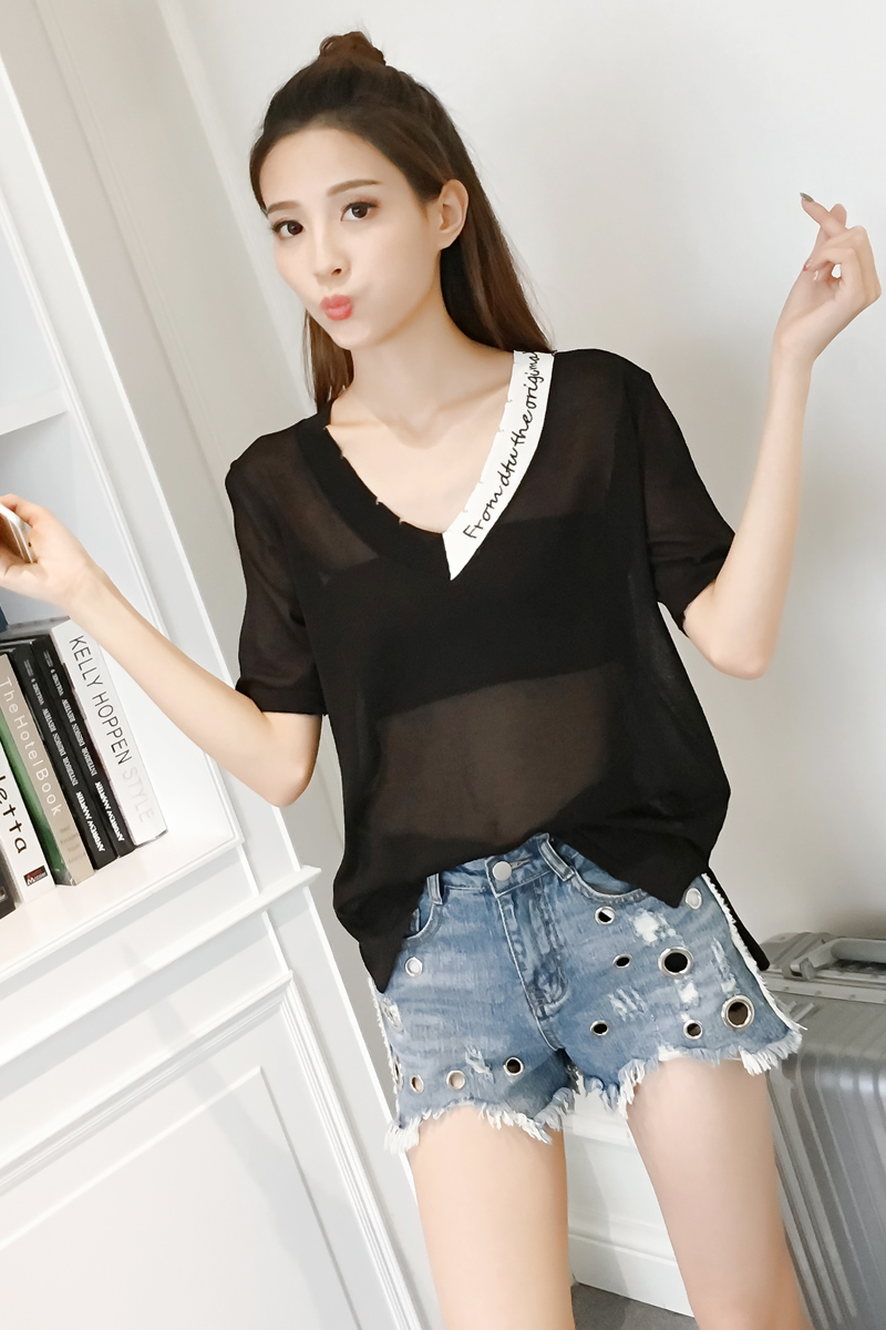 New Summer Letter Loose Striped Short Sleeve V Neck Collar On Hole In Silk  Shirts Blouse Shirt White Green Black 8221-in Blouses   Shirts from Women s  ... ccba9abb91a8