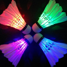Hot Sale 4 Pcs Colorful LED Badminton Shuttlecock Bright In Night Outdoor Entertainment Sport Accessories Night New RP