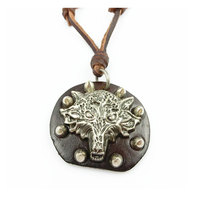 Punk 100 Genuine Leather Necklace Cool Wolf Rivet Tag Pendant Handmade Retro High Quality Men Jewelry