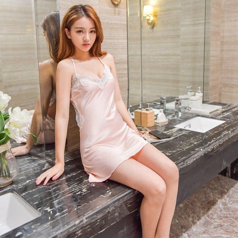 диване, кухонном красивые девушки в ночнушках видео сибири много