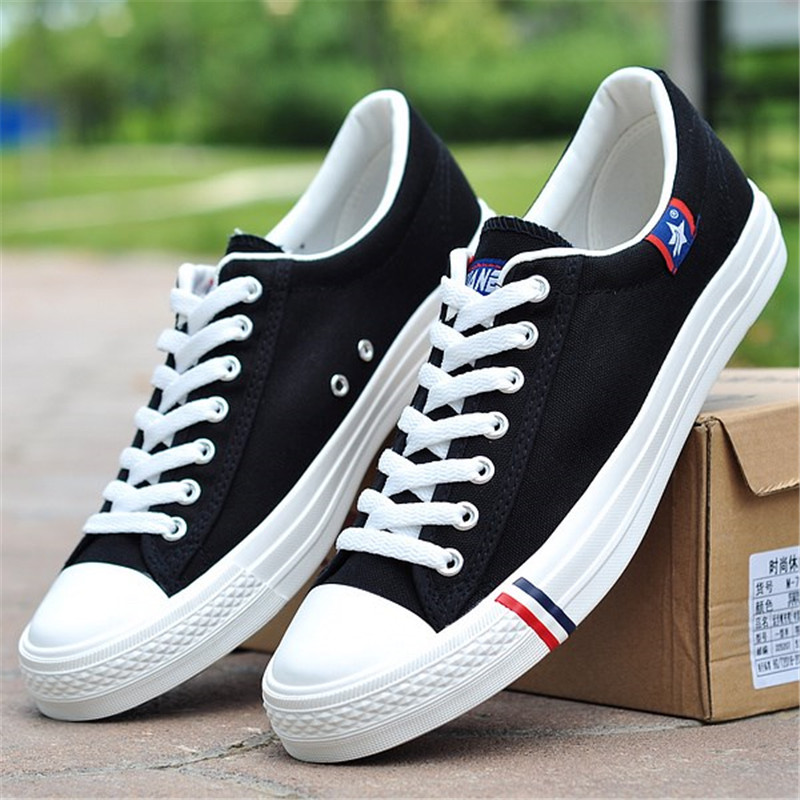 premium selection 4c3c7 98a26 New-2018-Spring-Autumn-Breathable-White-Canvas-Shoes -Men-Flats-Lace-up-Fashion-Mens-Casual-Shoes.jpg