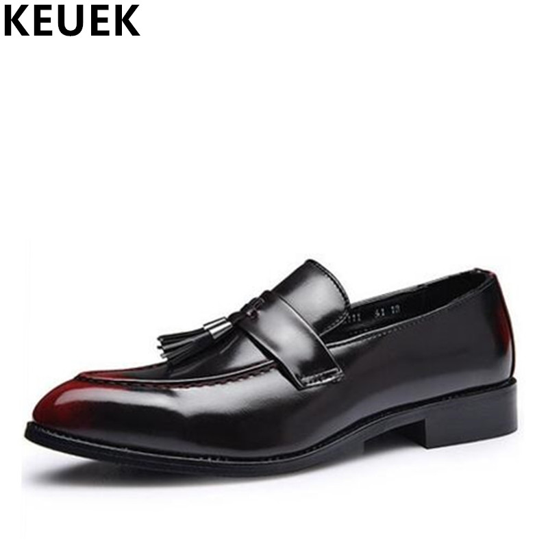 Vintage Male Pointed Toe Business shoes Fashion Men Flats Tassel Oxfords PU Leather Brogue Shoes Loafers