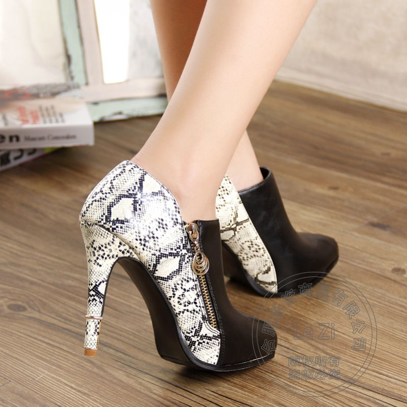 ФОТО Glossy Printing Leather Mixed Colors Cone Heel Pointed Closed Toe High Ladies Snakeskin Shoes With Heels Single Boots 2014