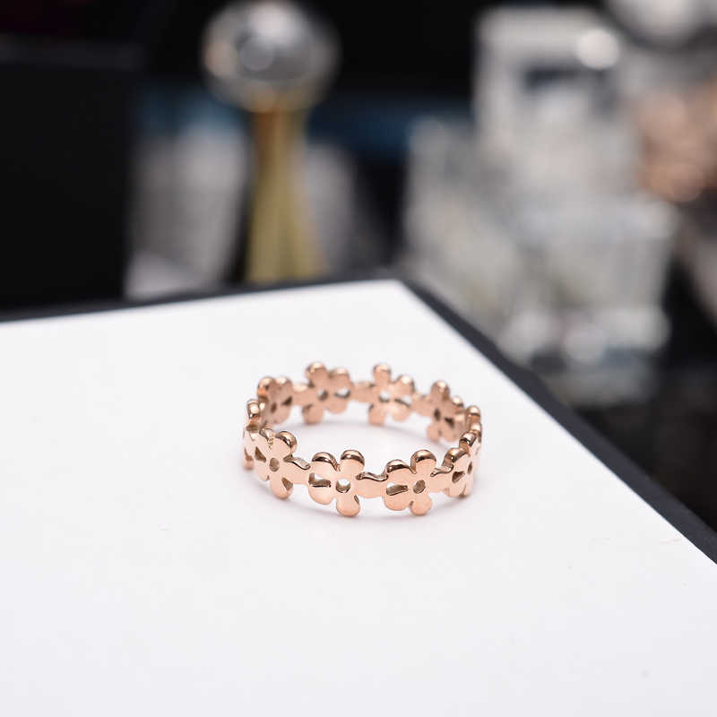 YUN RUO Rose Gold Silver Colors Flower Finger Ring for Woman Girl Wedding Jewelry 316L Stainless Steel High Polished Never Fade