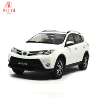 Paudi Model 1/18 1:18 Scale Toyota RAV4 2013 White Diecast Model Car Toy Model Car Doors Open