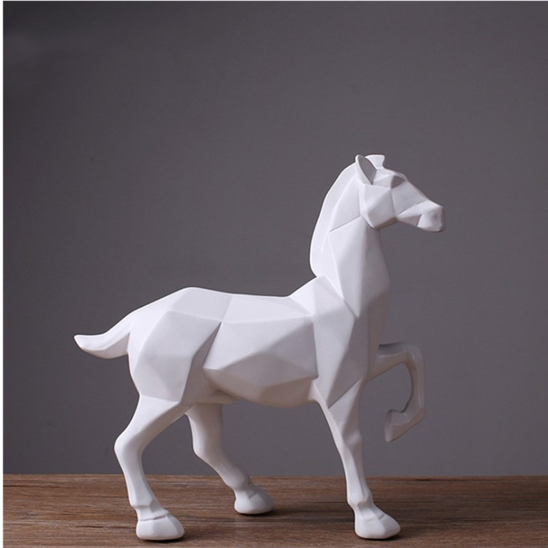Home Decoration White Horse Statue Resin Ornaments Home Decoration Accessories Gifts Geometric Resin White Horse Sculpture Home Decoration White Horse Statue Resin Ornaments Home Decoration Accessories Gifts Geometric Resin White Horse Sculpture