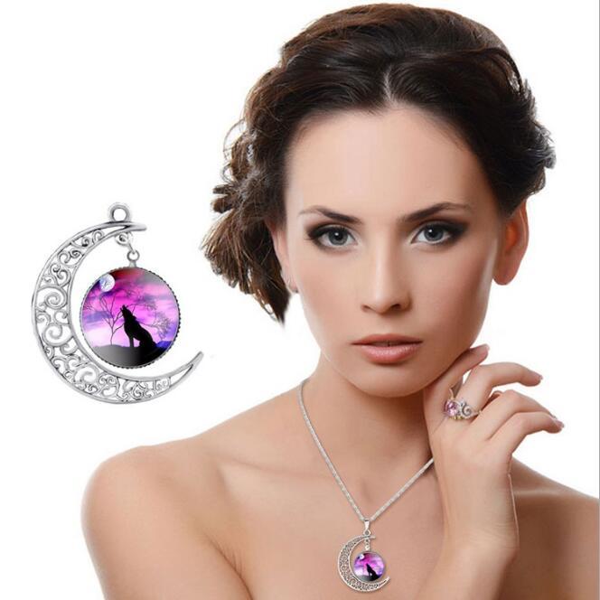 Красный Женщины Моды Волк Луна Ожерелье Стекла Кабошон Серебро Цепи Ожерелье Заявление Женщины Ювелирные Изделия женщин лучший подарок
