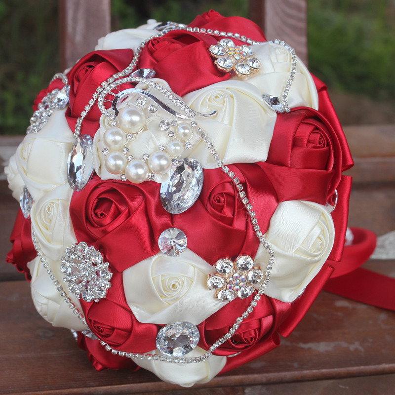 Artificial Bride Bridesmaid With Crystal Pearls Wedding Bouquet ...