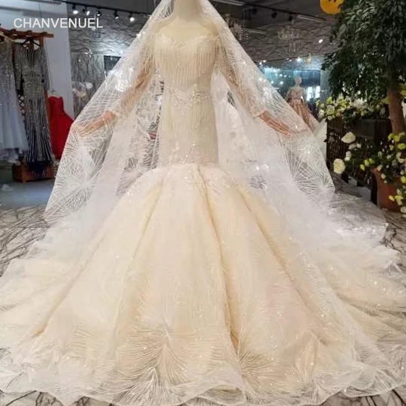 Keywhole Trumpet Wedding Dress