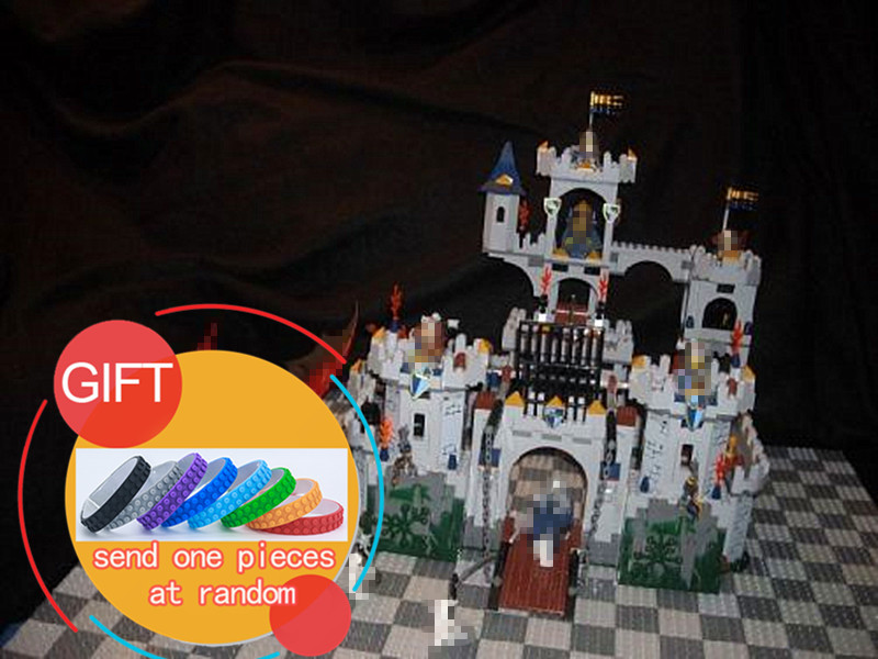 16017 1023Pcs Movie Series The King`s Castle Siege Set Children Building Educational Blocks Compatible with 7094 toys lepin lepin genuine 16017 castle series the king s castle siege set children building blocks bricks educational toys model gifts 7094