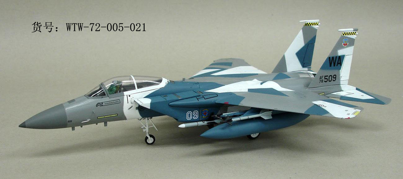 Brand New Witty 1/72 Scale Airplane Model Toys USAF F-15C Eagle Fighter 65th Aggressor Squadron Diecast Metal Plane Model Toy brand new 1 72 scale fighter model toys usa f a 18f super hornet fighter diecast metal plane model toy for gift collection