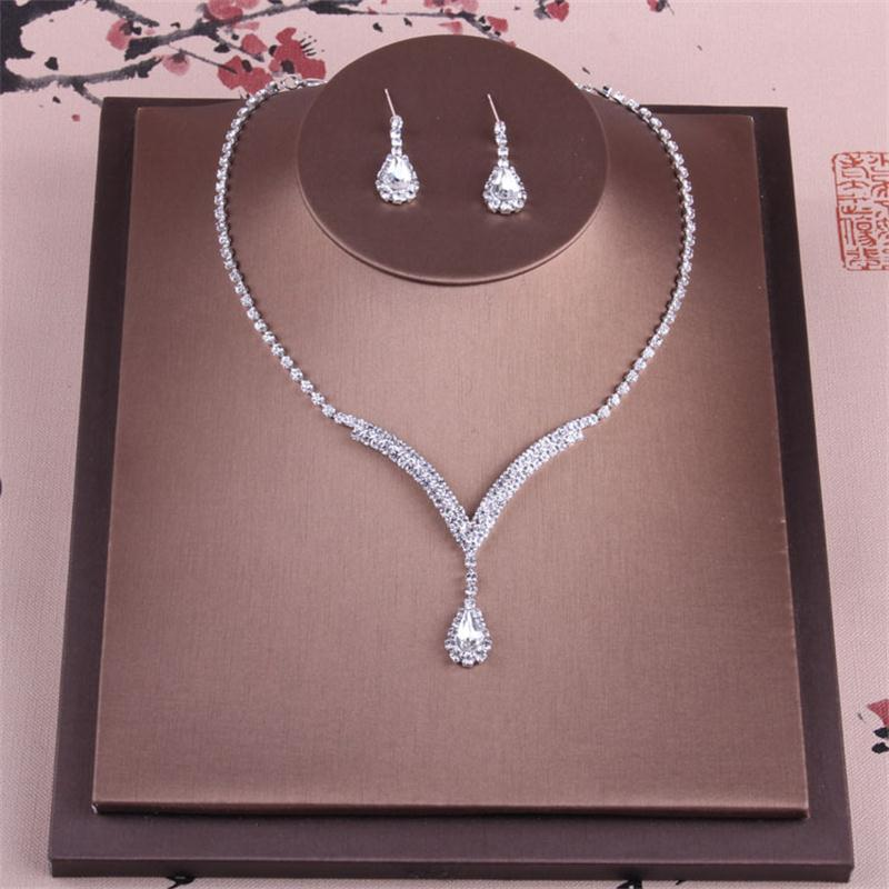 Alexzendra Silver Color Fashion Bridal Necklace Jewelry Crystals Classic Wedding Necklace Engagement Jewelry for Women