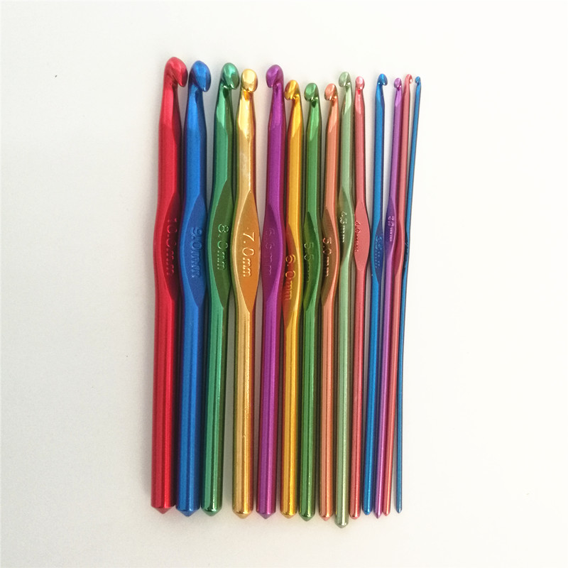 8Pcs Knitting Needles Set Curved Handle Aluminum Crochet Hooks Weave Yarn DIY GA