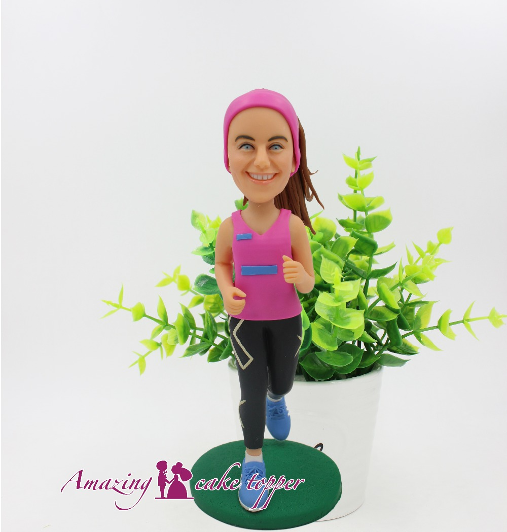 2018 AMAZING CAKE TOPPER Toys Fresh and elegant sports girl And Groom Gifts Ideas Customized Figurine Valentine's Day