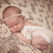 New Soft Newborn Baby Photography Props Baby Romper Fashion Lace Infant Baby Playsuit White Black Clothes Rompers(China)