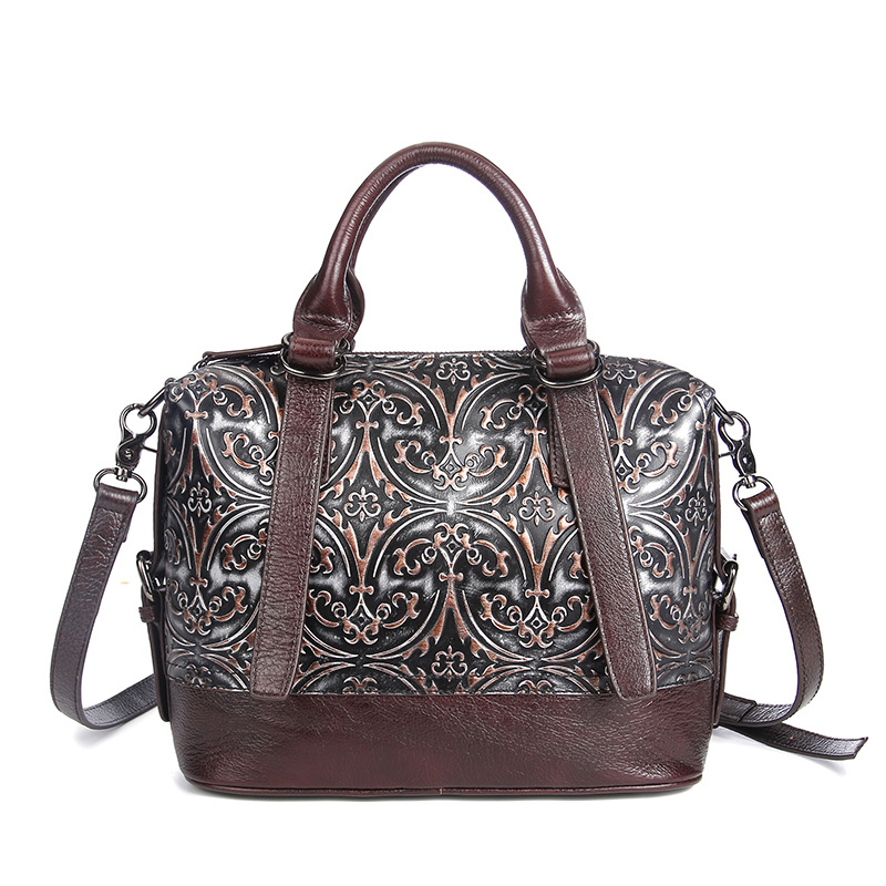 цены на Hot Sale Women Genuine Leather Tote Bag New Cow Leather Ladies Handbag Vintage Embossed Pattern Designer Shoulder Messenger Bags в интернет-магазинах