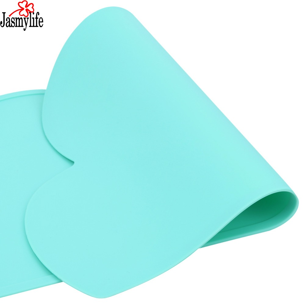Waterproof   Placemat Foodgrade silicone  Bar Mat Baby Kids Cloud Shaped Plate Mat Table Mat Set Home non-stick Kitchen Pads