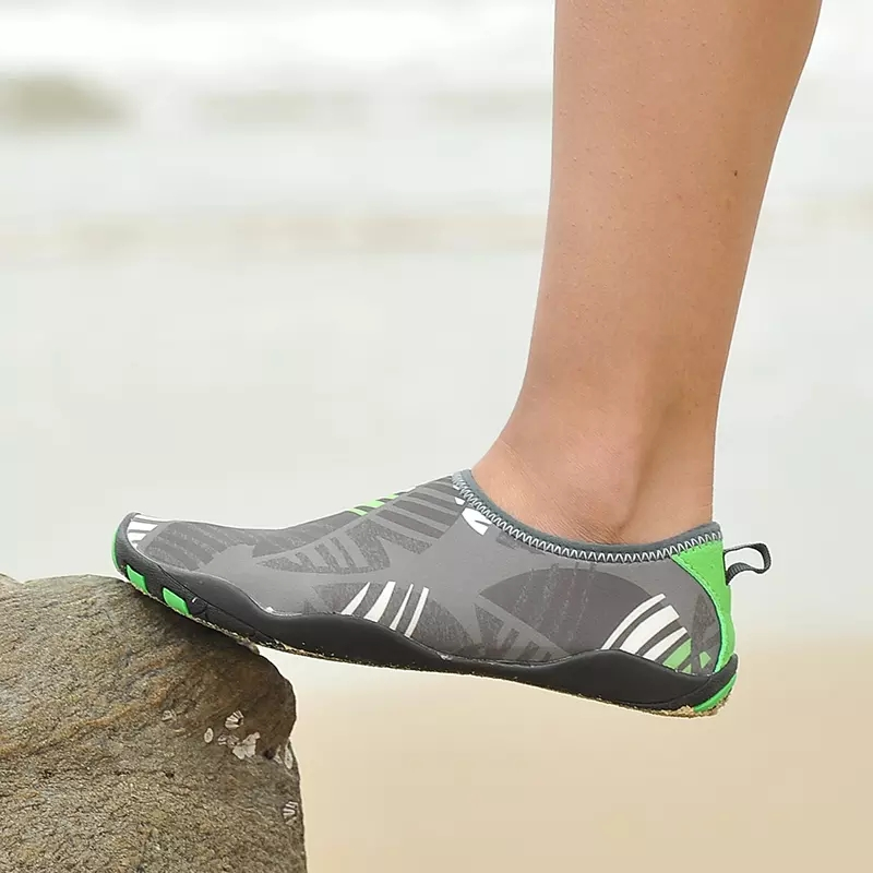 Men Water Sport Shoes Quick Drying Water Shoes For Women Summer Unisex Aqua Sneakers Size 39 46 Outdoor Water Shoes Climbing in Upstream Shoes from Sports Entertainment