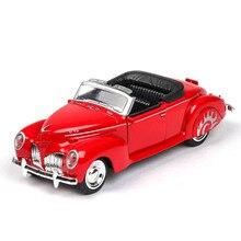 цена на 1:38 car model Lincoln convertible classic car alloy car model simulation sound and light pull back car decoration kids toy car