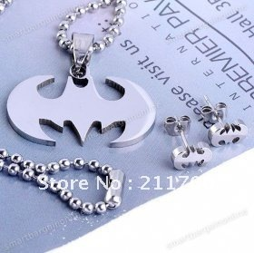 Stainless Steel Bat Bead Pendant Chain Necklace Ear Stud Earring Set Punk Gift